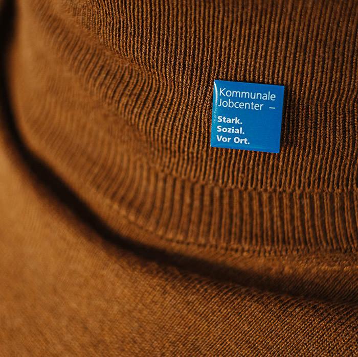 Pin mit Logo Siebdruck und Magnetverschluss